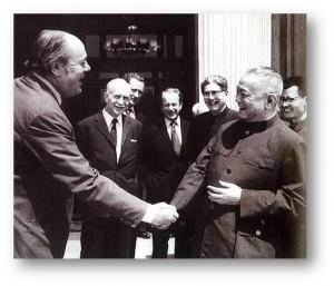 Li Xiannan and C Soames
